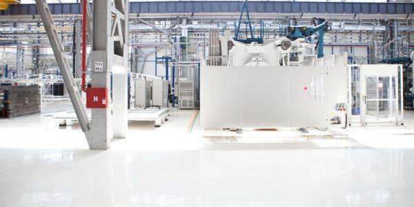 Epoxidharzboden in einer Fabrik